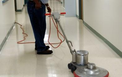 Nos entreprises de nettoyage s'occupent : Du nettoyage des industries agroalimentaires ou électroniques, laboratoires pharmaceutiques ou bien même en domaine spatial… En effet, l'environnement industriel nécessite des actions de nettoyage...